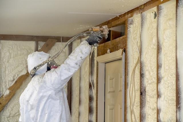 Spray Foam Insulation Installation Muskegon MI